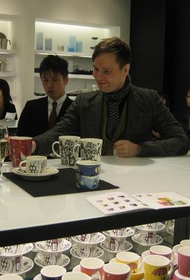 「taika」シリーズを手がけるイラストレーター、クラウス・ハーパニエミ氏