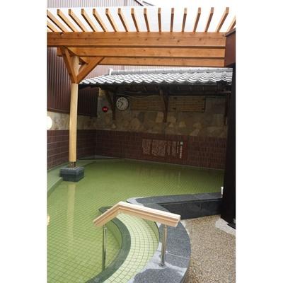 炭酸泉岩風呂/天然温泉アーバンクア・天空の湯