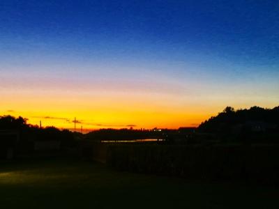 ホテルの敷地内から見える夕日がきれい!
