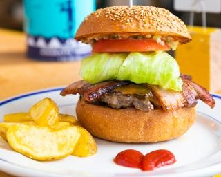 「関西ウォーカー特別編集 関西 本当にうまいハンバーガー」8/8(水)発売! トータル1万個以上を実食した達人が本気で選んだ、全192店245バーガー収録!