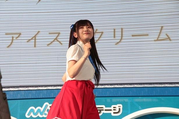 【写真を見る】84人の中からオーディションを勝ち抜いた新メンバーの元HKT48・山田麻莉奈