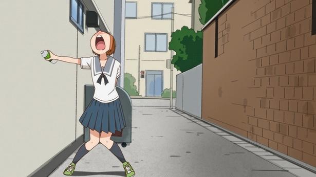 「ちおちゃんの通学路」第5話の先行カットが到着。ちおちゃんが尿意に襲われ、男子トイレに!?