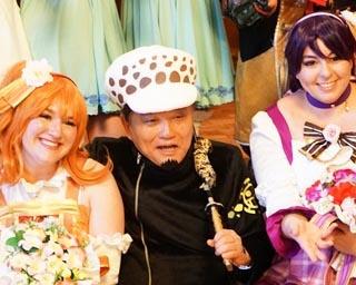 名古屋市の河村たかし市長(写真中央)は「ONE PIECE」に登場するトラファルガー・ローに扮した