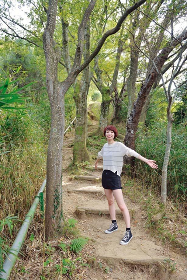「ヤマカゼの小路」を下れば、楽しいハイキングの終着点/交野いきもの ふれあいの里