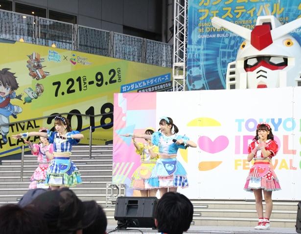 KAMOがネギをしょってくるッ!!!が8月4日「TOKYO IDOL FESTIVAL 2018」(8月3日~5日、お台場・青海周辺エリア)のFESTIVAL STAGEに出演した
