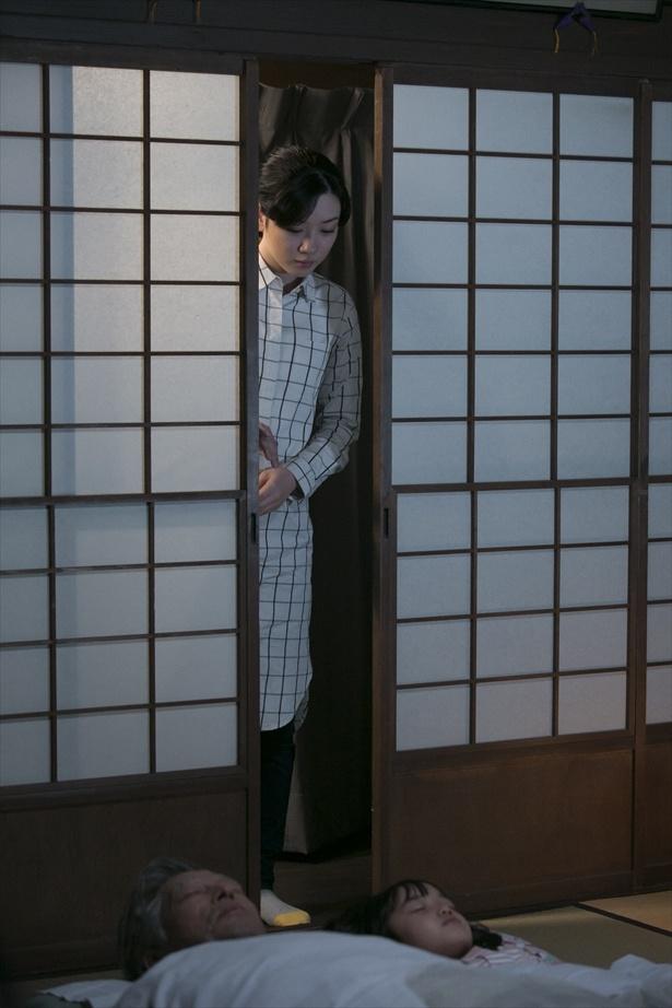 第109回(8月6日)シーンより。鈴愛は花野とともに岐阜で新生活をスタートさせる