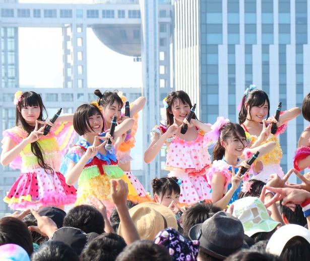 虹のコンキスタドールが「TOKYO IDOL FESTIVAL 2018」3日目のSKY STAGEに登場