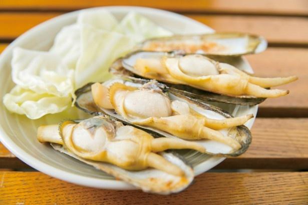 ともちゃん / 8月中旬までの季節限定「あげまき貝」(1個250~350円)