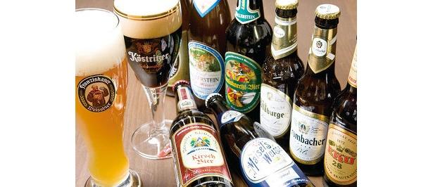 ドイツ各地のビールが各銘柄の専用グラスで飲める