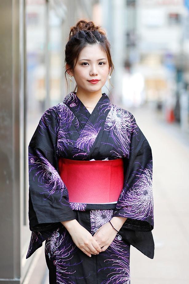 福岡の花火大会で見つけた浴衣美人