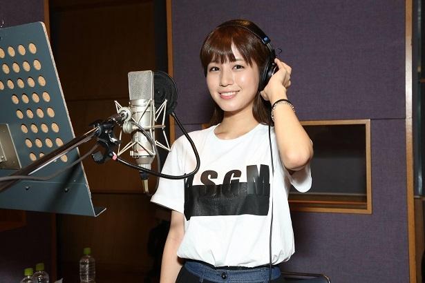 【写真を見る】堤礼実アナ、抜群の歌唱力とリズム感で歌声披露!