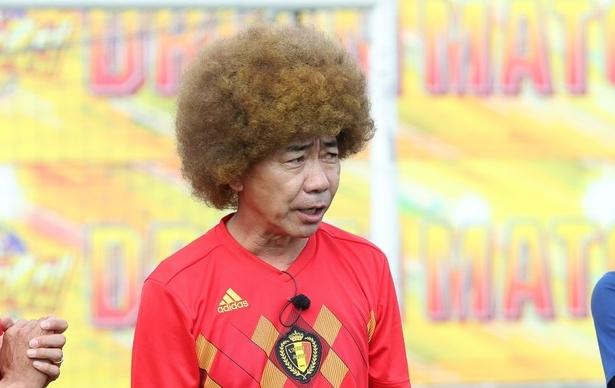 日本のベスト8進出を阻んだベルギー代表、フェライニ選手に扮(ふん)して登場した木梨憲武