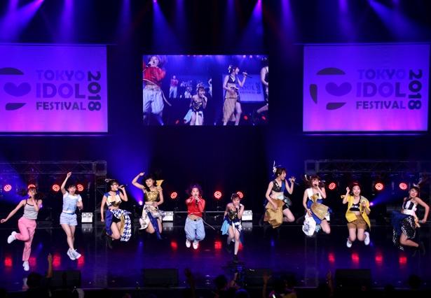 大阪☆春夏秋冬とフィロソフィーのダンスによる「大阪のダンス」
