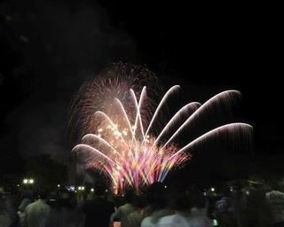 秋田県大仙市・大曲の花火ウイークと合体!「夏まつり大曲2018」開催
