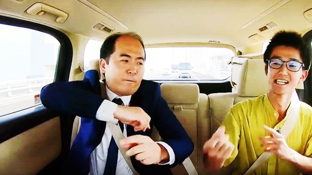 """【写真を見る】ギネス世界記録を持つ""""指パッチンアーティスト""""が登場"""