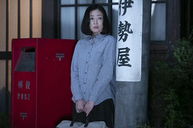 第115回(8月13日放送)シーンより。晴は家を飛び出して、和子の元へ