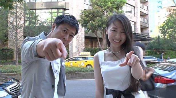ディーン・フジオカの妹、藤岡麻美(写真右)が大成功を収める仕事とは?