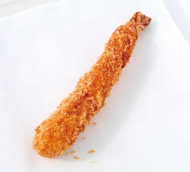 思わずでかっ!と言ってしまいそうなエビフライ。味も絶品!/「ジャンボエビフライ」(500円)
