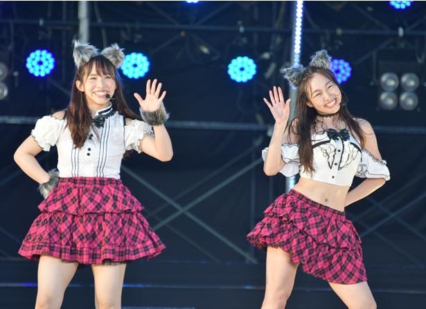 若手が歌うことの多い「狼とプライド」だが、今回は最年長コンビの松村香織(左)と須田亜香里(右)が熱唱!