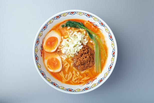 さらりとしたスープに旨味たっぷりの肉みそ、シャキシャキのネギの食感で、あっさりながら飽きない一杯