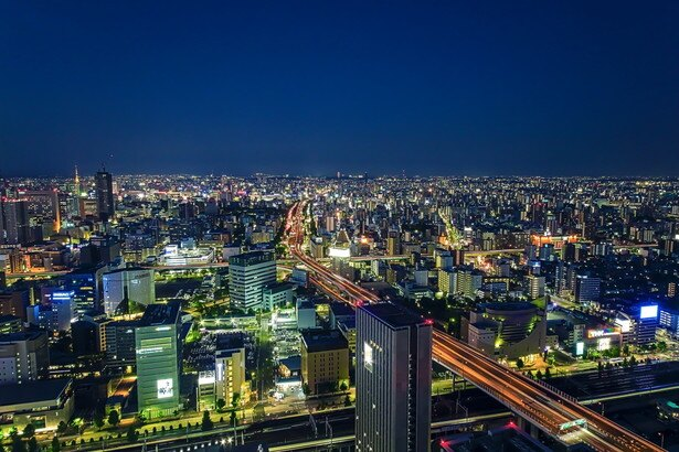 地上140mの高さにある店内からは、名古屋のきらびやかな夜景を一望できる