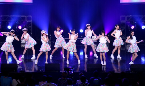 「TOKYO IDOL FESTIVAL 2018」(8月3日~5日、お台場・青海周辺エリア)初日のHOT STAGE。単独でのトップバッターを務めたつばきファクトリー