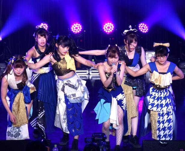 大阪☆春夏秋冬が「TOKYO IDOL FESTIVAL 2018」最終日のHOT STAGEに出演。MAINAの歌唱力、メンバーのキレッキレのダンスによるパフォーマンスを見せた