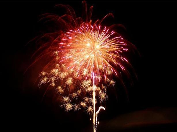 ゑびす夏まつり(盆踊り・花火大会) / 多良木町の夏!大音響とともに花火を楽しめる