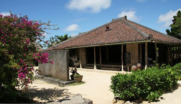 夏休みに行きたい!沖縄のテーマパーク・博物館・科学館8選