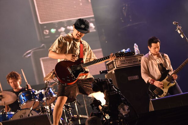 ASIAN KUNG-FU GENERATION、フェスでは珍しい楽曲を次々披露!