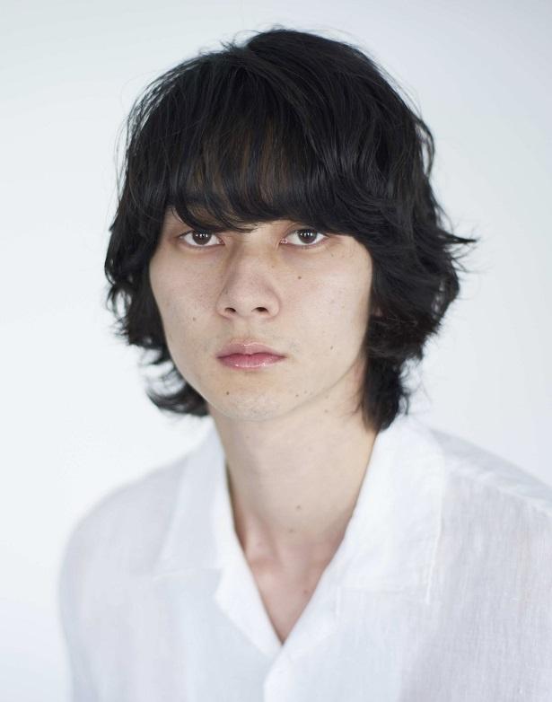 柳俊太郎は、ワコ(徳永えり)の同僚・照井(江口のりこ)の彼氏役を演じる