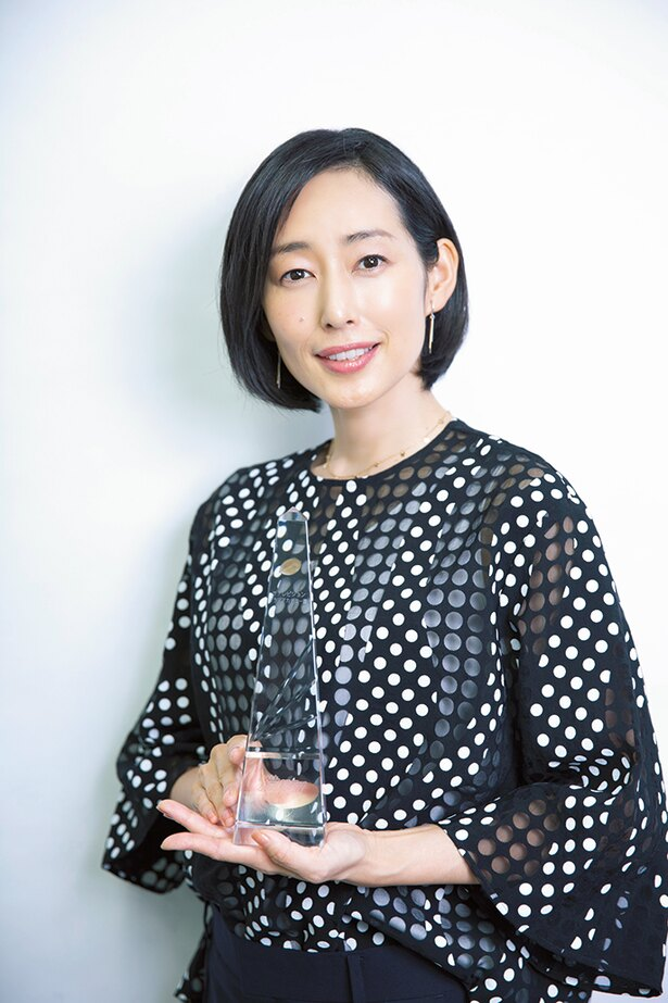 助演女優賞は「あなたには帰る家がある」での怪演が話題を集めた木村多江が受賞