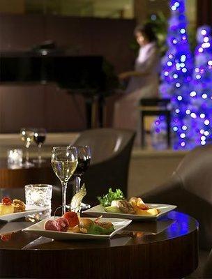 ムードたっぷりのクリスマスディナー