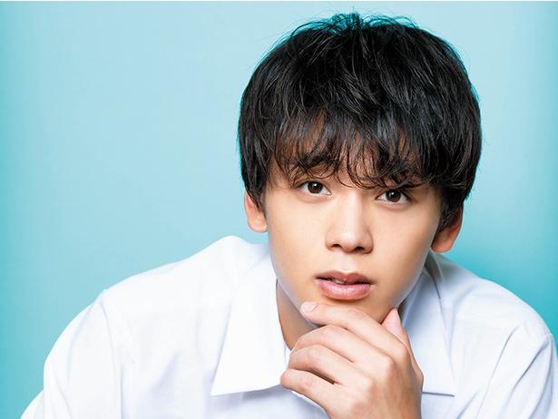 8月1日公開の映画『センセイ君主』でも主演を務める竹内涼真