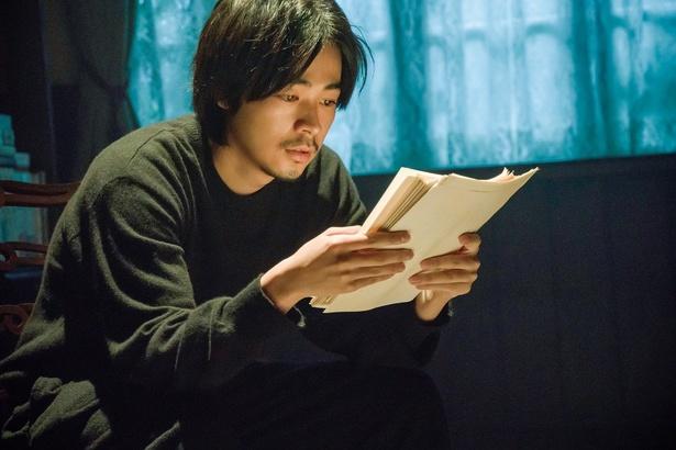 映画「ビブリア古書堂の事件手帖」に出演する成田凌