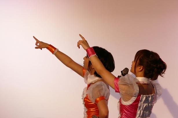 7月25日に行われた定期ライブの模様