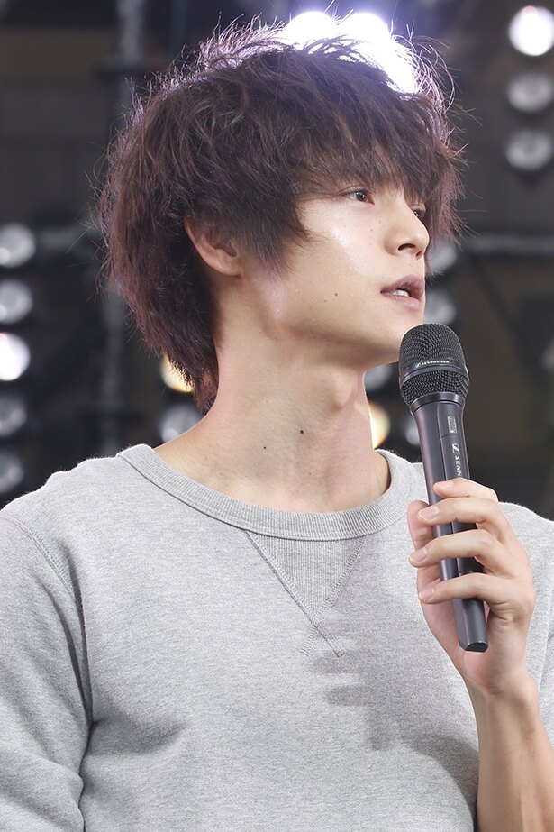 碑文谷翔役の窪田正孝