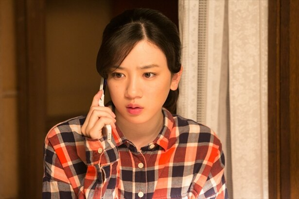 """鈴愛は2号店準備に大忙し。花野と律の""""じゃれ合い""""にファンから反響!"""