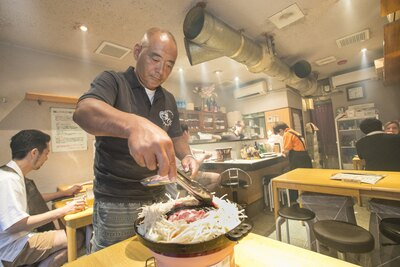 店主の木口圭二さん。おいしいジンギスカンを出したいという思いは、北海道を愛するからこそ