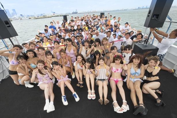 アイドルイベント「CRUISING PREMIUM LIVE!!! ~全組水着総出演~」にG☆Girls、sherbet、Parfait、littlemore.、TEARS-ティアーズ-が出演