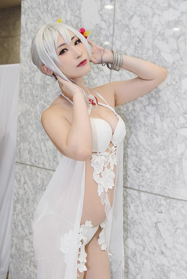 『シノアリス』のスノウホワイトに扮する璃都さん