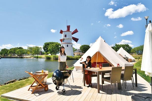風車がかわいい水辺のサイトでプライベート感覚でBBQを!/STAGEX高島