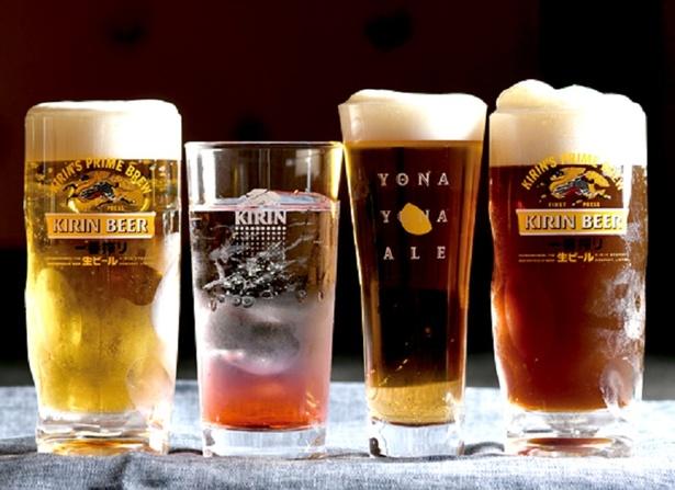 【写真を見る】ホテルセントラーザ博多屋上ビアガーデン 「九州まるごと食べつくし ホテビア」 / 通常のビールに加え、黒ビールやクラフトビールも飲み放題