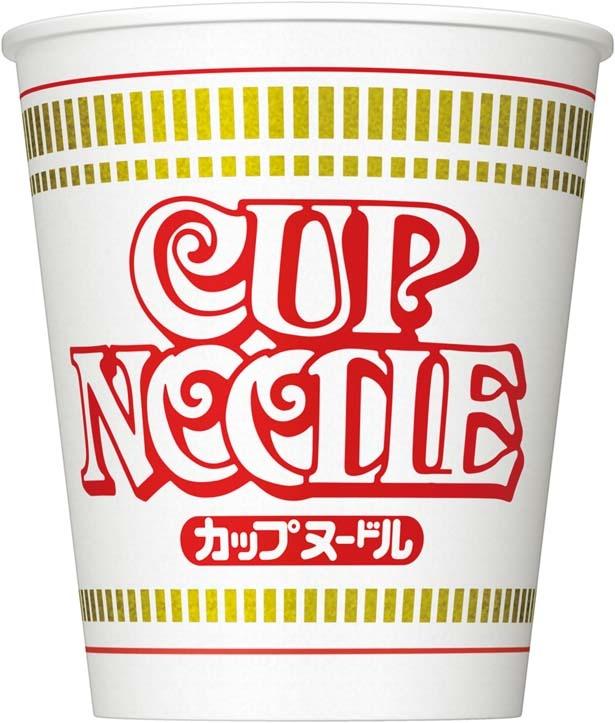 「カップヌードル」(194円、77g/麺65g、353kcal、食塩相当量4.8g)