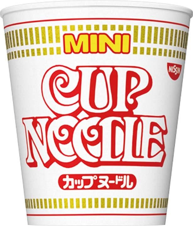 「カップヌードル ミニ」(117円、36g/麺30g、163kcal、食塩相当量2.4g)