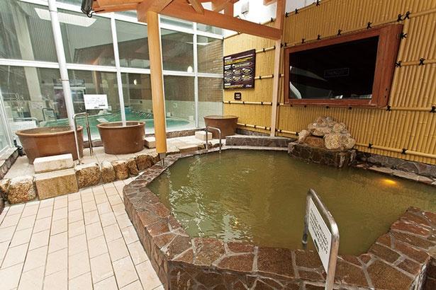 源泉は有馬温泉と同じく鉄分が多く黄金色の湯/ユーバス 堺浜寺店