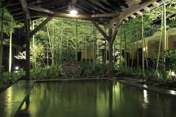 緑あふれる露天風呂が人気/天然露天温泉 スパスミノエ