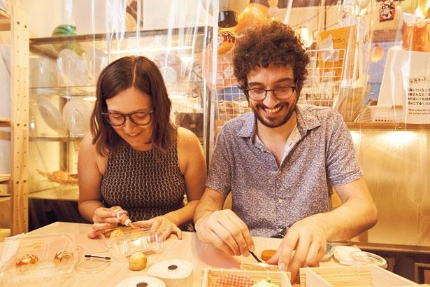 シャドウチップでの着色など、ユニークな作り方を体験/デザインポケット大阪本店