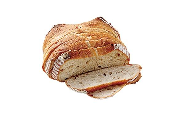 「ベーカリー晴れ」の「カンパーニュ」(400円)。小麦粉、塩、自家製レーズン酵母、水のみを使用。素材のよさが際立つ