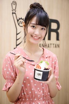 「イチゴが大好きなんです♡」(中野)